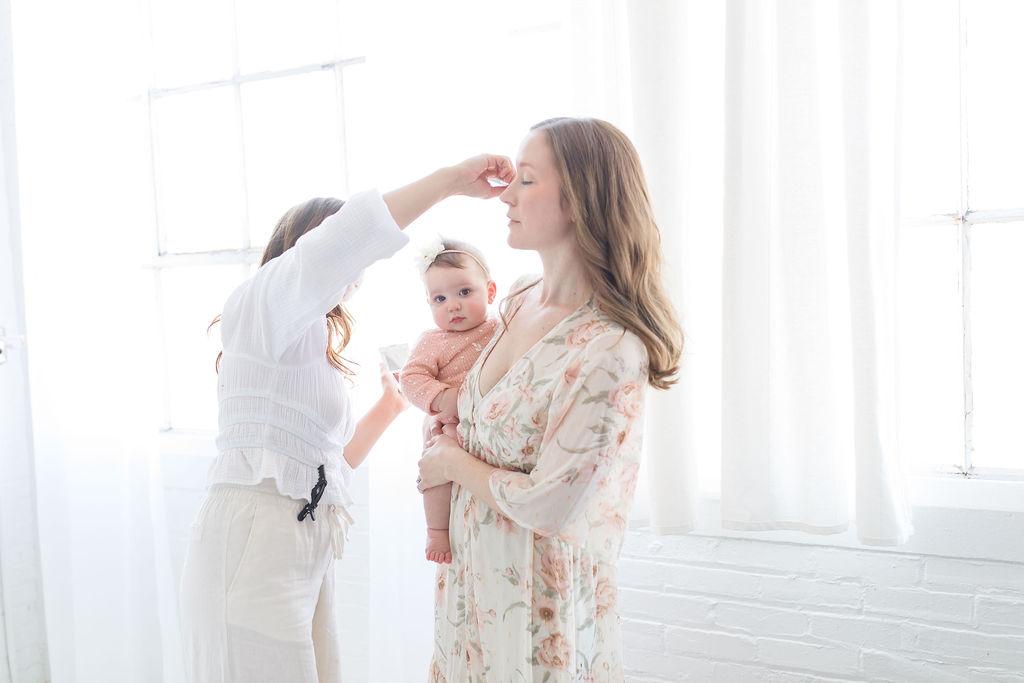 Pittsburgh Family Photographers Lindsey Ferrie Toddling Traveler
